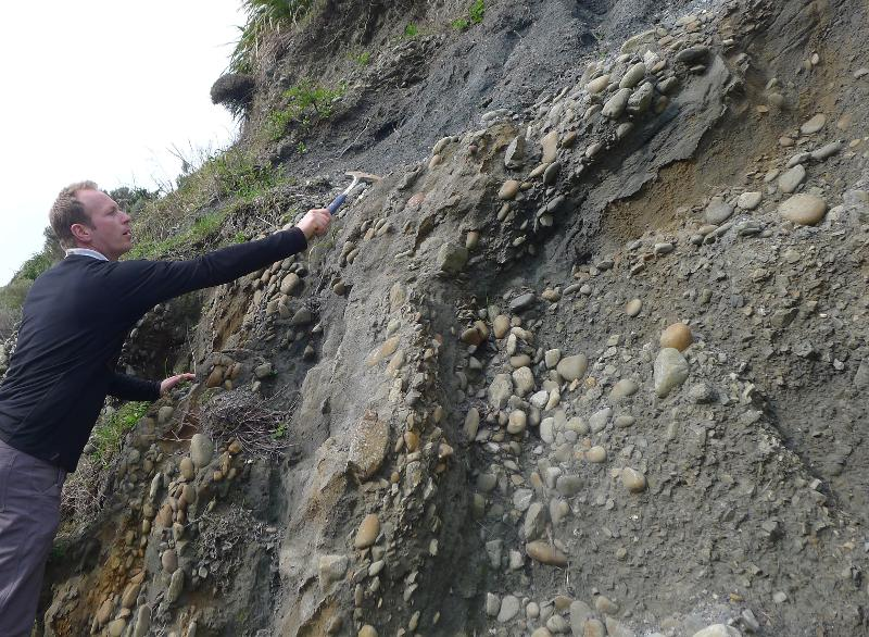 Image #Older greywacke rocks have been pushed over much younger gravels. J.Thomson / GNS Science
